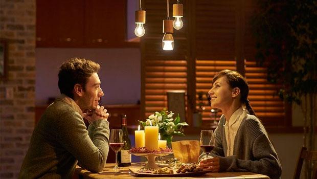 Sony-Light-Bulb-Speaker
