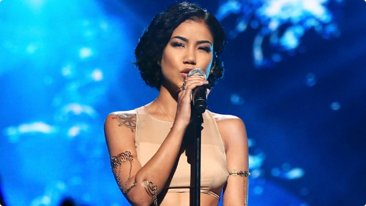 Jhené Aiko earned a  million dollar salary, leaving the net worth at 0.5 million in 2017