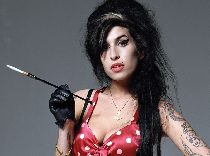 Amy Winehouse Documentary Claims Oscar • Howl & Echoes Amy Winehouse