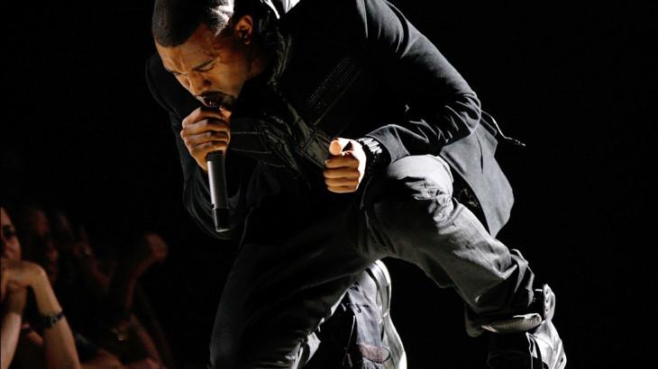 kanye-west-grammy-performance